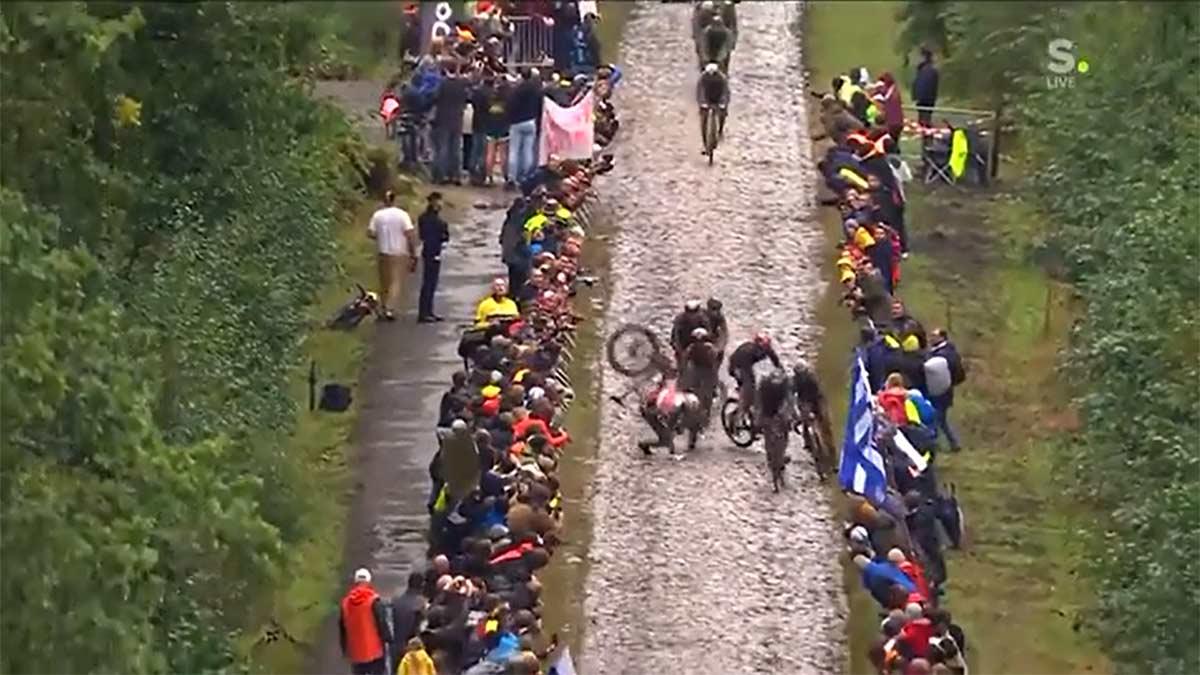 Video-luke-Rowe-sobre-la-caida-de-mad-Pedersen-en-paris-Roubaix-Vete-a-la-mierda-redes-sociales